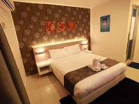 Hollywood Hotel Mangga Besar