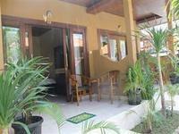Brekele Berawa Beach House Canggu