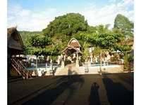 Resto Apung Kedisan & Bungalow Kintamani
