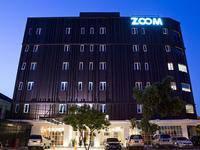 Zoom Hotel Jemursari Jemursari