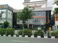 City Hotel Balikpapan Facade