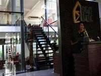 Rumah Nenek Hotel & Restaurant Padang Utara