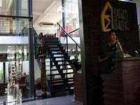 Rumah Nenek Hotel Padang Entrance