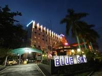 Hotel Blue Sky Balikpapan Exterior.
