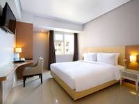 Hotel Santika Depok Superior Queen Regular Plan