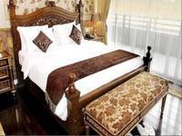 Amos Cozy Hotel Jakarta - Diamond Suite With Breakfast Regular Plan