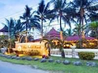 The Arnawa Hotel Pantai Barat