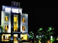 Hotel Bumi Banjar Banjarmasin Facade