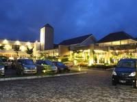 Green Valley Resort Baturraden Exterior