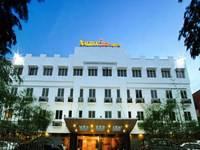 Nagoya One Hotel Batam Facade