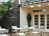 La Nostalgie Boutique Guest House Bandung Kota
