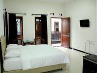 Baliku Guest House Malang