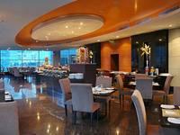 Manhattan Hotel Jakarta Restaurant