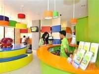 POP Hotel BSD City Tangerang Receptionist