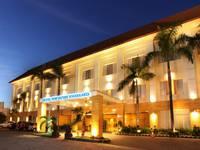 Hotel New Saphir Yogyakarta Front View