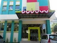 Tiatira Kencana Hotel Makassar Facade