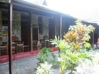 Hotel Rajasa  Magelang Facade