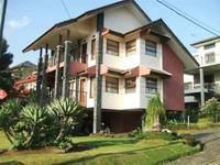 Villa Istana Bunga 4 Bedrooms Bandung Villa Husen