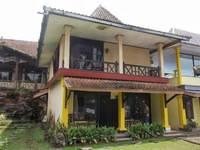 Hotel Nirwana Purwokerto Mahoni Room