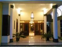 Griya Putri Dewi Family Guest House Mantri Jeron