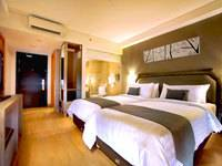 Harper Kuta Superior Room with Breakfast Regular Plan