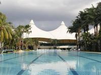 Bungalow Padang Golf Modern Airport Soekarno Hatta