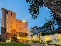 Noormans Hotel By Lorin Semarang