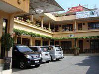 Gloria Amanda Hotel Jogja Parking