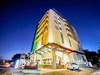 Hotel Continent Makassar front view
