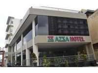 Azza Hotel Pekanbaru Facade