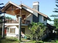 Villa Istana Bunga 3 Bedrooms Bandung Villa ROP A
