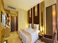 Grand Tjokro Jakarta Deluxe Room
