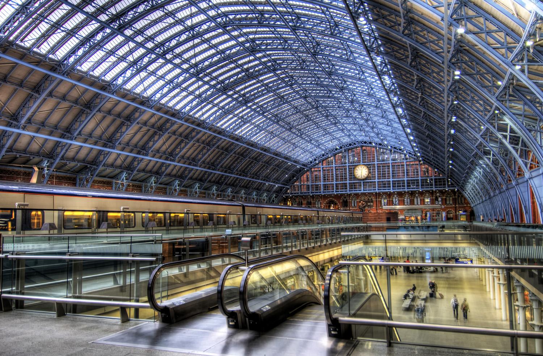 St-Pancras-International-Train-Station1