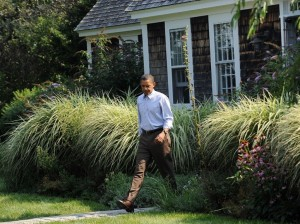 barack-obama-martha's-vineyard