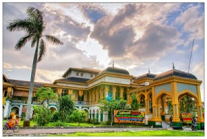 Istana Maimun Medan Yoshiewafa