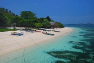 Foto 5 Pantai Terindah di Sulawesi