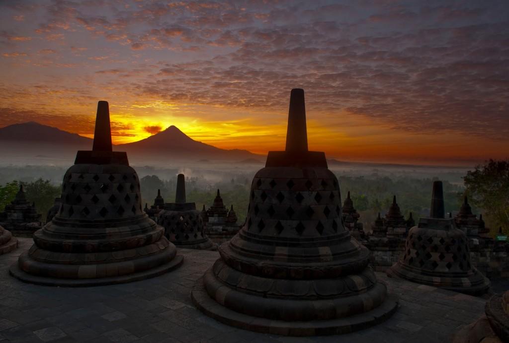 Foto 1 Sunrise Di Candi Borobudur