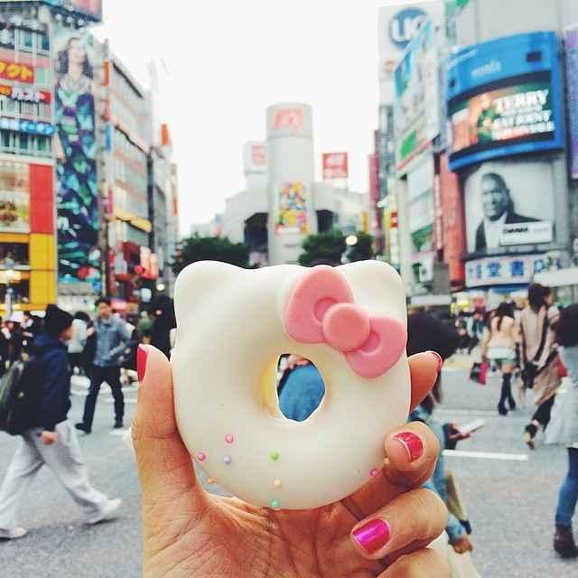 Donat Hello Kitty, di Shibuya, Tokyo, Jepang