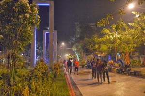 Foto 4 Taman Bungkul Surabaya