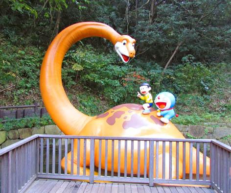 Dinosaurus Pisuke, yang sempat muncul di komik Doraemon sebagai peliharaan Nobita