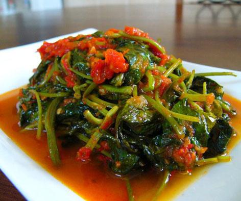 kenapa banyak orang indonesia gemar makanan pedas ya