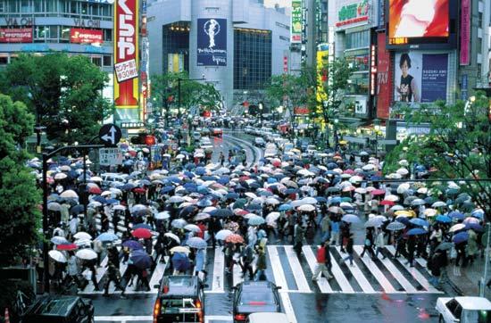 Foto 1 Kenapa Orang Jepang Berjalan Cepat Ya