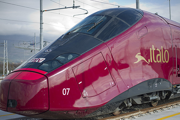 Foto 3 Kereta Tercepat di Dunia