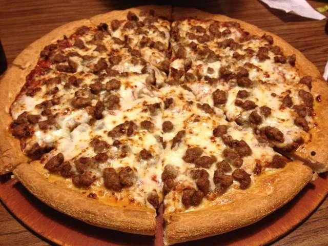 Foto 3 Topping Favorit Untuk Pizza