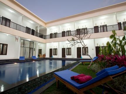 Foto 5 Rekomendasi Hotel Murah di Seminyak