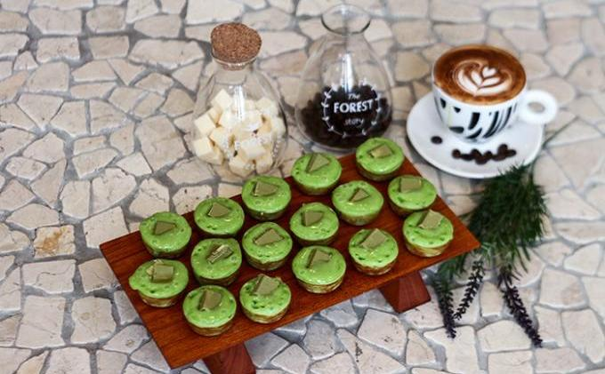 Kue cubit green tea kafe stickee