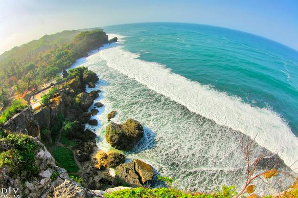 Pantai Ngobaran Yogya