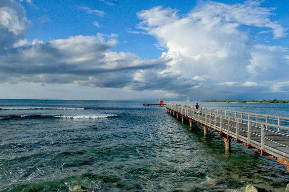 Dermaga Pantai Tanjung Lesung