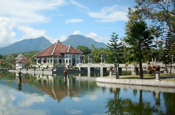 Taman Soekasada Ujung Bali