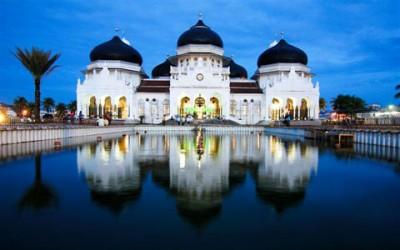 Masjid-Raya-Baiturrahman-aceh